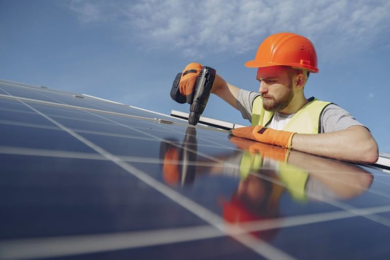 How Long Do Solar Panels Last: Your Ultimate 2021 Guide